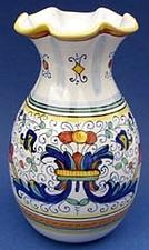 Ricco Deruta Scalloped Vase