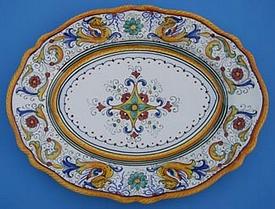 Raffaellesco Scalloped Oval Serving Plate